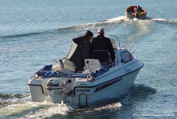 Boddenangeln mit Boot auf Rügen